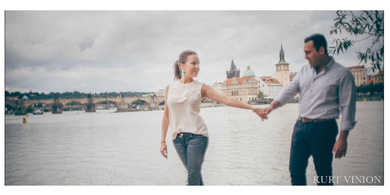 Read more about the article Lifestyle photo shoot Prague /  T&M portrait photography