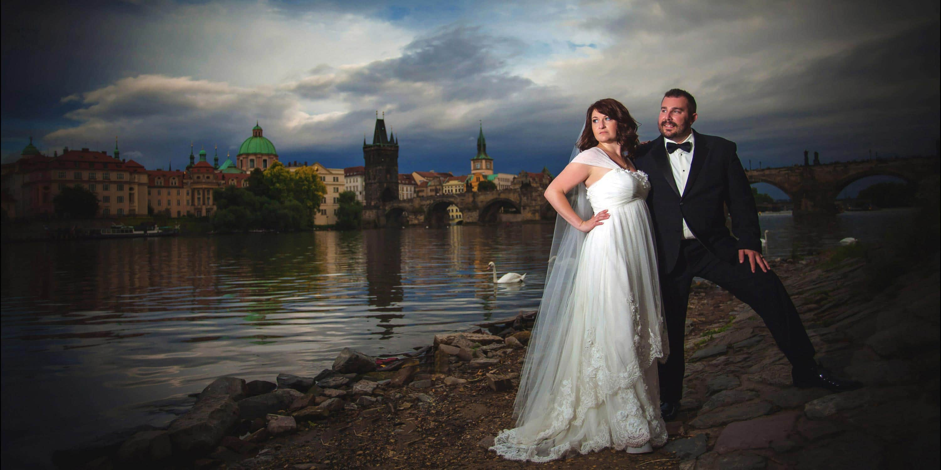 Prague elopement wedding / Kathryn & Travis (USA) wedding day!