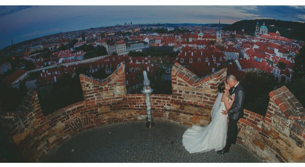 J&J (USA) Vrtba Garden elopement wedding