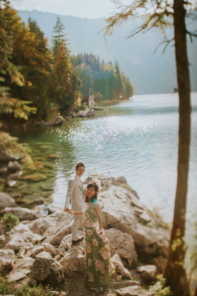 A destination pre-wedding portrait session in the German Alps (Garmisch) with E+F from Japan
