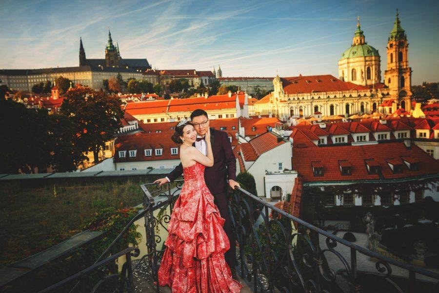 Prague Vrtba Garden, Prague Castle, red dress, happy young couple, tiara