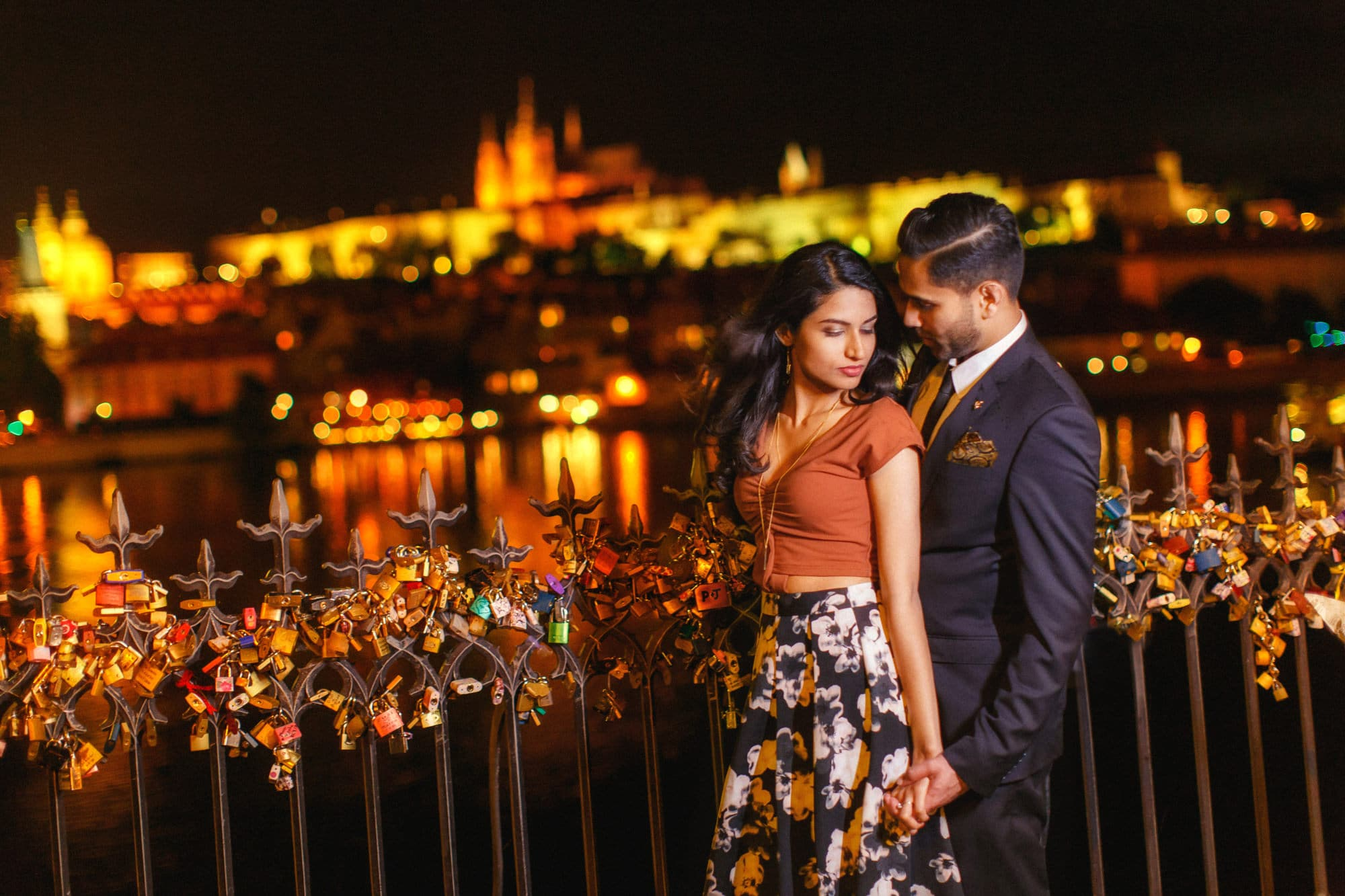 Pereen & Jay secret marriage proposal & E-Session in Prague!