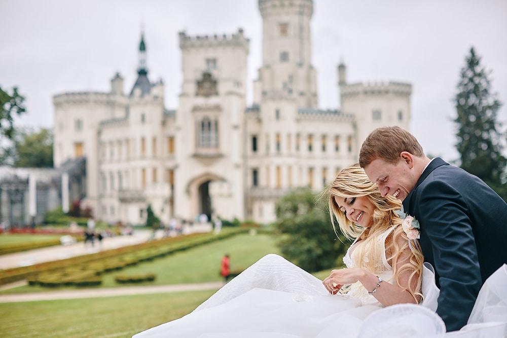 Castle Hluboka wedding with A&S